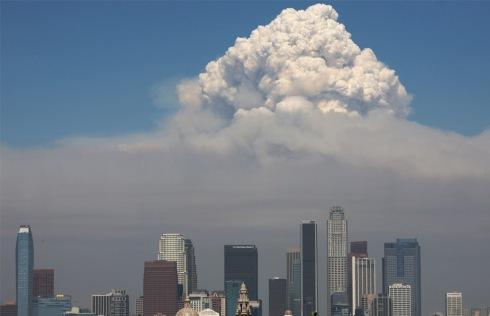 Ca fire mushroom cloud